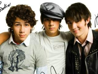 Jonas Brothers-Take A Breath (Bonus Track)